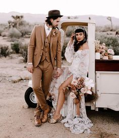 We are the Wild Ones: Nude Rose Gold Wedding Inspiration in the Desert Part 1 Green Wedding Shoes wedding shoes Gold Wedding Gowns, Edgy Wedding, Colored Wedding Dresses, Green Wedding Shoes, Wedding Events, Wedding Day, Korean Wedding, Tree Wedding, Wedding Blog