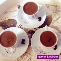 Çok Şekerli Türk Kahvesi nasıl yapılır, resimli çok Şekerli Türk Kahvesi yapımı yapılışı, Çok Şekerli Türk Kahvesi tarifi, en nefis Türk Kahvesi tarifleri burada.  #türkkahvesi #kahve #sıcakiçecek