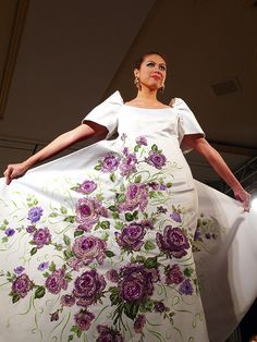 For the Filipina, the terno is the formal gown to wear during social events and cultural events. The terno evolved from the baro/camisa . Floral Fashion, Fashion Dresses, Barong Tagalog, Filipiniana Dress, Filipino Fashion, Global Style, Filipina, Purple Roses, Formal Gowns