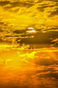 ~~Golden Kuwait Sky by nawaf alnami~~ Kuwait Travel Honeymoon Backpack Backpack. - ~~Golden Kuwait Sky by nawaf alnami~~ Kuwait Travel Honeymoon Backpack Backpacking Vacation Budget - Yellow Aesthetic Pastel, Orange Aesthetic, Rainbow Aesthetic, Aesthetic Colors, Aesthetic Vintage, Aesthetic Pictures, Aesthetic Grunge, Sun Aesthetic, Aesthetic Drawings