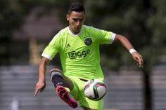 Ajax trainde vanochtend vanwege de interlands met een uitgedunde selectie. Anwar El Ghazi trainde voor de tweede keer deze week volledig mee.