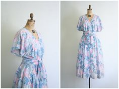 pastel summer dress  xl . plus size / Abstract Floral by AgeofMint