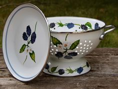 Blackberry Enamel Colander Set - Marmalade Mercantile
