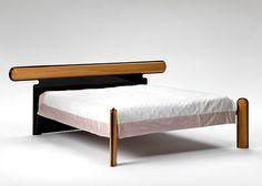 Luigi Caccia Dominioni - The Bicolore bed for Azucena (1989)