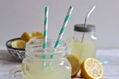 Homemade Ginger Syrup Lemonade-Get your hourly source of sweet. Summer Drink Recipes, Summer Drinks, Cocktail Maker, Ginger Lemonade, Ginger Syrup, Lemon Syrup, Recipe Ginger, Cocktails, Vegan Kitchen