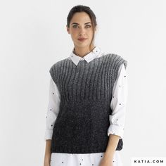 Model / Pattern of Vest of Woman of Autumn / Winter from KATIA Knit Vest Pattern, Sweater Knitting Patterns, Online Fashion, Inline, Knitting For Beginners, Knit Fashion, Baby Patterns, Clothes, Crochet Stitches