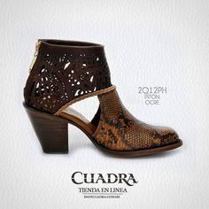 La belleza de unas #CUADRA se llevan bien cualquier día de la semana. #FashionStyle #Moda #Calzado #Shoes #Dama #Leather