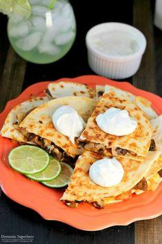 Veggie Fajita Quesadilla | Community Post: 17 Delicious Quesadillas That Taste Like A Million Bucks