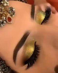 Best Islamic Images, Makeup Face Charts, Engagement Makeup, Neutral Makeup, Diy Birthday Decorations, Stylish Dress Designs, Makeup Studio, Bridal Make Up, Love And Marriage