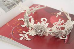 Floral lace side band - by the Lucky Sixpence
