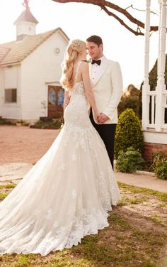 904 Luxe Vintage Wedding Gown by Martina Liana