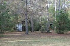 Almost 4 acres. Very nice, clean, 5 bedroom, 2 1/2 bath manufactured doublewide which sits on a raised brick foundation in Historic Meggett. Quigley Farms is one of the nicest subdivisions in St. Paul's Parish and is close to Charleston, I-526, boat landings and Edisto Beach. HOA fees only $200 annually. A fenced in back yard for pets, a pond, screen porch and storage units are pluses. All bedrooms have w/wall carpet and great room and hall have wood floors. #Hollywood #SC #realestate…