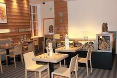 Chaise design en bois blanchi cerusé - Sledge