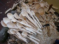 spoon carving   machris spoon carving knife spoon carving first steps