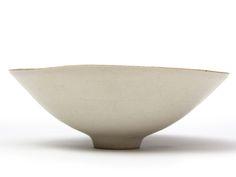 Lucie Rie. Porcelain Bowl with Eggshell Glaze.