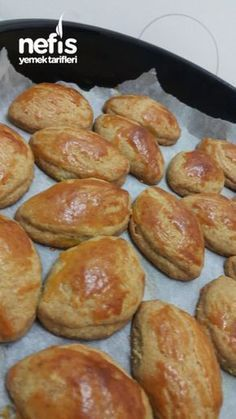 Delicious Quickie Pastry Dispersed in the Mouth Dinner Rolls Easy, Tandoori Masala, Turkish Kitchen, Snacks Für Party, Baking And Pastry, Breakfast Items, Turkish Recipes, Pain, Snack Recipes