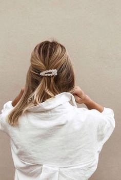 Cool Hunting || 24 of the Chicest Hair Clips for Spring - The Effortless Chic