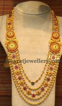 Jewellery Designs: Rose Floral Clasps Chandra Haar