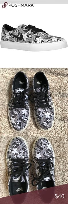 Nike SB Satire Skate Sneakers Nike SB black and white Floral Satire Skate Sneakers size 10. Excellent preloved condition. Minor Wear. Nike Shoes Sneakers