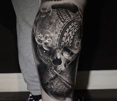 Skull with tire relief, perfect tattoo artwork done by tattoo artist Chris Showstoppr Comic Tattoo, O Tattoo, Snake Tattoo, Skull Tattoos, Rose Tattoos, Tattoo Images, Tattoo Photos, Hyper Realistic Tattoo, Wicked Tattoos
