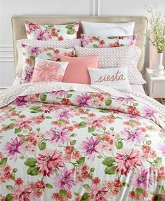 This Charter Club Damask Designs Bouquet Bedding Collection will be great for your chic bedroom Plum Bedding, Autumn Bedding, Floral Bedding, Where To Buy Bedding, Bedroom With Bath, Master Bedroom, Matching Bedding And Curtains, Bed Linen Design, Luxury Bedding Sets
