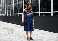 whole lotta cool going on there. London. #TheSartorialist