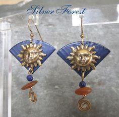 Silver-Forest-VTG-1980s-CELESTIAL-Brass-SUNFACE-Enamel-Planet-Dangle-Earrings