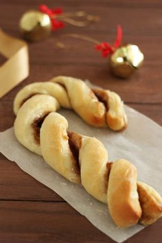 Cinnamon Sugar Candy Cane Twist...Serve with coffee for drop in holiday guests!!!