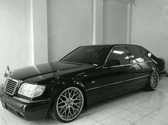 Mercedes Benz S Class Mercedes Benz Germany, Black Mercedes Benz, Mercedes Benz 190e, Mercedes S Class, Classic Mercedes, Benz S500, Benz S Class, Classy Cars, Bmw