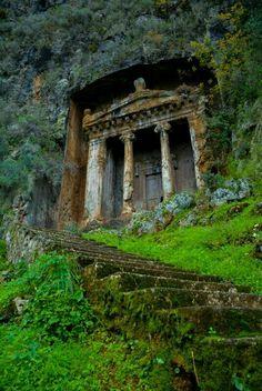 Thelmessos Rock Tombs.... Fethiye, Türkiye