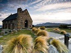Znalezione obrazy dla zapytania good shepherd church by night
