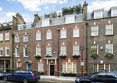 Catherine Place, Westminster - moments walk from Buckingham Palace