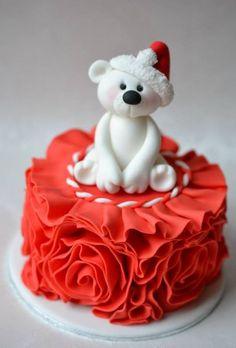 Christmas Mini Cake @MacKenzie Molzhon O'Halloran can you make this for me?!?