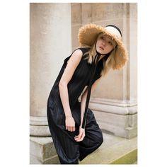 #LubakiLubaki | #AlexandreGaudin  @Mooncube #Shooting #Leclaireur  #StreetStyle #IsseyMiyake #LolaHats #FashionPost #WomensStyle #WomenStyle #Womenswear #Mode #Moda #Style #AllBlack #JapaneseDesigner #Fashion #Outfit #Model #ModelOnDuty #Leclaireur #LeclaireurSevigne #Photographer #Paris http://ift.tt/28JXeus