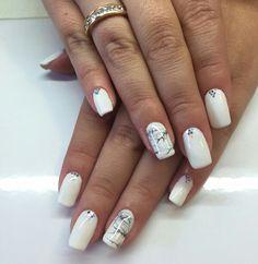 Marmol nails