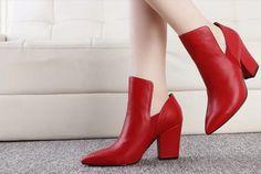 kadın kırmızı ve siyah sivri burunlu hakiki deri ayak bileği bot, kalın topuk kayma topuklu, düğün bayanlar için ayakkabı(China (Mainland))