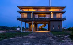 Image 12 of 17 from gallery of  Oculus Staff Quarters at Jaffna Wind Power Park / Palinda Kannangara Architects. Photograph by Mahesh Mendis