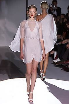Lawrence Steele Spring 2001 Ready-to-Wear Fashion Show Collection