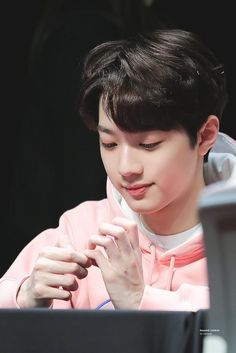 Find images and videos about wanna one, lai guanlin and lai kuanlin on We Heart It - the app to get lost in what you love. Jimin, Rich Boy, K Wallpaper, Jin Kim, Guan Lin, Lai Guanlin, First Love, My Love, Kim Jaehwan