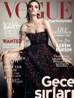 30 covers Vogue Nippon February by Craig McDean. Vogue Italia March and September by Steven Meisel. Vogue Hellas February Vogue China May by Mario Sorrenti. Vogue Nippon J… Vogue Magazine Covers, Fashion Magazine Cover, Fashion Cover, Vogue Covers, Lily Donaldson, Vogue Us, Vogue Korea, Meryl Streep, Party