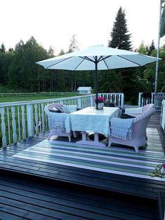 Maalattu matto   Meillä kotona Outdoor Furniture Sets, Outdoor Decor, Projects To Try, Home Decor, Diy, Crafts, Outdoor Patio Decorating, Outdoor Patios, Decoration Home