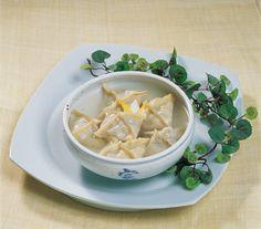 Pyeonsu (Square Dumpling)