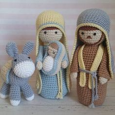Amigurumi para o Natal: 31 Enfeites Lindos para se Inspirar Amigurumi para o Natal: 31 Enfeites Lindos para se Inspirar Cute Crochet, Crochet Crafts, Crochet Dolls, Yarn Crafts, Easy Crochet, Crochet Projects, Crochet Christmas Decorations, Christmas Crochet Patterns, Crochet Decoration
