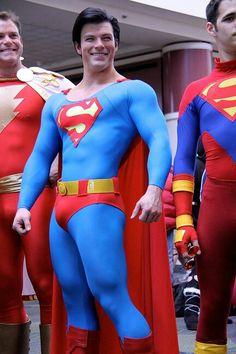 Risultati immagini per superhero cosplay Superman Cosplay, Superman Art, Superhero Cosplay, Cosplay Characters, Dc Comics Characters, Disney Cosplay, Male Cosplay, Best Cosplay, Super Hero Costumes