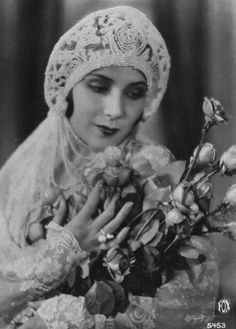 Actress Dolores Del Rio (1905-1983), date unknown.