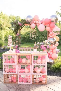 25 Most Interesting DIY Event Decor Ideas : Make Your Events More Attractive. Festa Party, Diy Party, Ideas Party, Balloon Decorations, Baby Shower Decorations, Balloon Ideas, 21st Party Decorations, Decoration Party, Table Decorations