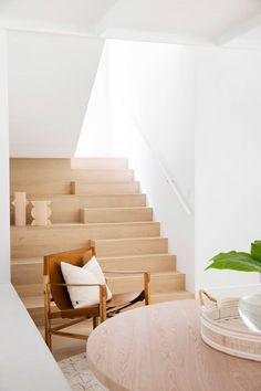 Stairway to heaven—House By Three Birds Renovations x Sophie Bell, featuring Dulux White on White. Flooring For Stairs, Wood Stairs, Timber Flooring, Entryway Stairs, Interior Design Inspiration, Home Interior Design, Interior And Exterior, Interior Architecture, Interior Modern