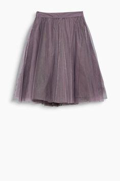 da5500237ff7 Hravý stylingový unikát  tato tylová sukně s vysokým pasem překvapí  kontrastní spodničkou! Sukně