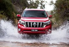 The current Toyota Land Cruiser Prado is set to extend its life with another facelift this year. The 2018 Toyota Land Cruiser Prado will arrive in September. Toyota Land Cruiser 150, Land Cruiser 200, Jeep Suv, Cars Land, Toyota 4x4, Suv Trucks, Cars And Coffee, Range Rover Sport, Car Brands