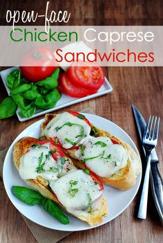 Open-Face Chicken Caprese Sandwiches - To Try. We like caprese around here Pollo Caprese, Caprese Chicken, Cooked Chicken, Chicken Salad, Grilled Chicken, Lunch Recipes, Dinner Recipes, Cooking Recipes, Healthy Recipes